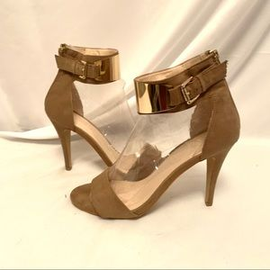 NWOT peep toe heels with gold accent details